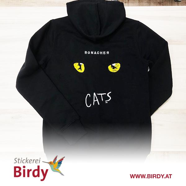 Bestickter Pullover mit Cats Logo